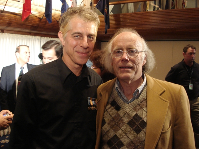 Robert Morningstar & Bruce Maccabee Nov 12-07 Washington DC.JPG