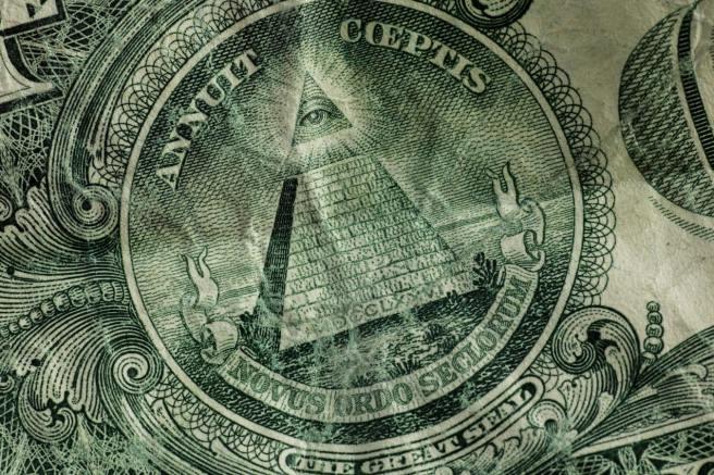 The Eyes of Dollar Bill photo-1521579772986-45a33628a34e