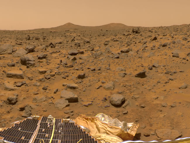 The Mars Pathfinder and Viking Missions to Mars – A Photo Comparison Pathfinder-twin-peaks